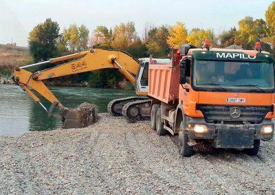 Transporte y mini excavadora